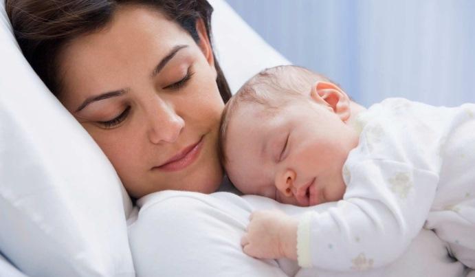 Мама со своим малышом