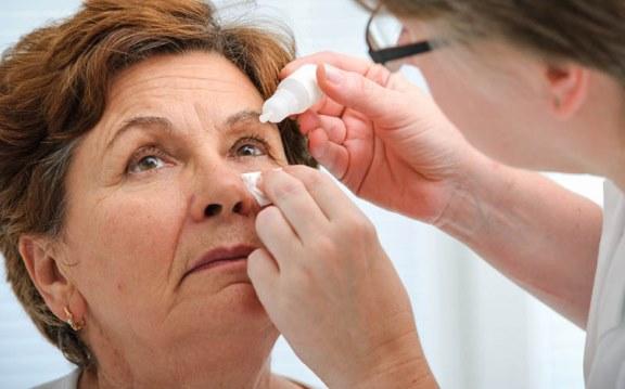 Назначение капель офтальмологом